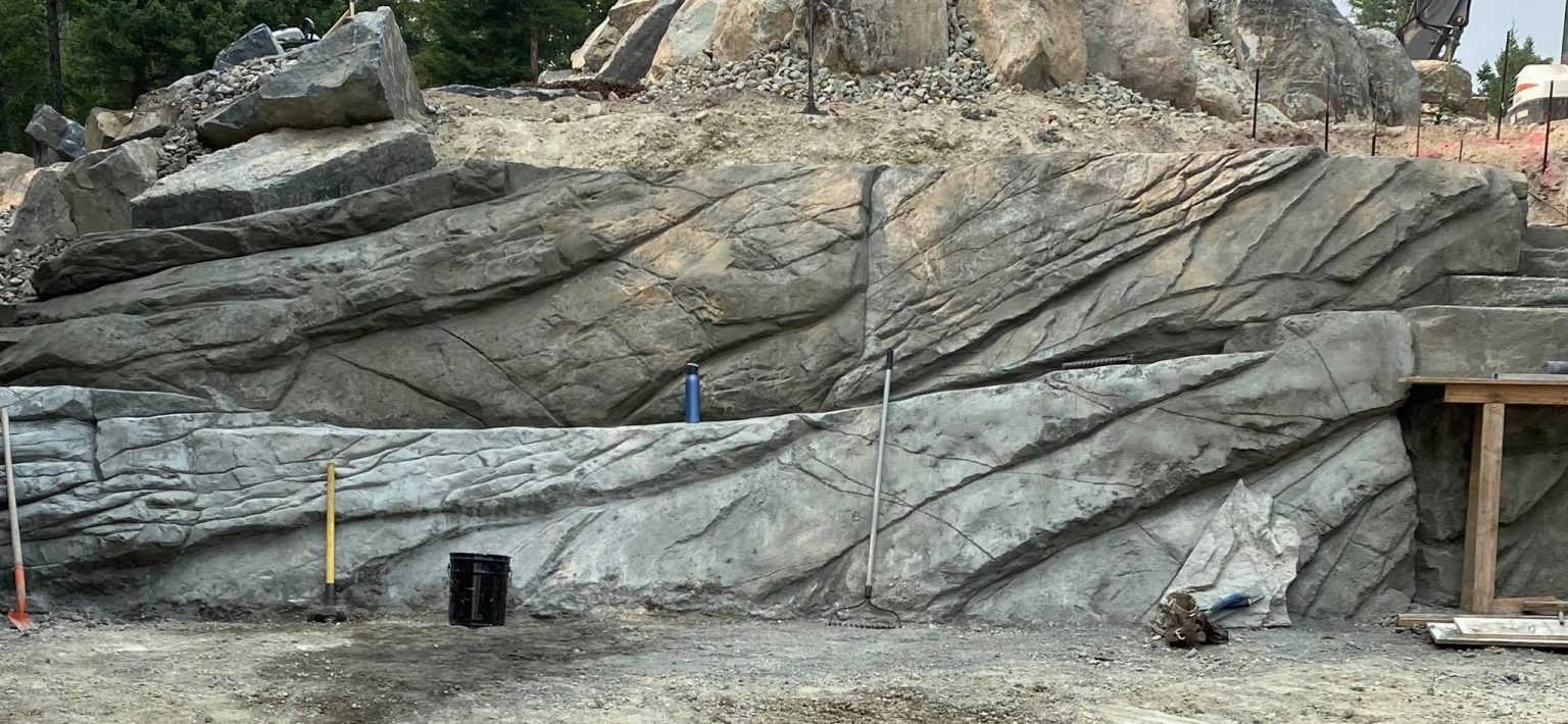 Cliff style retaining wall