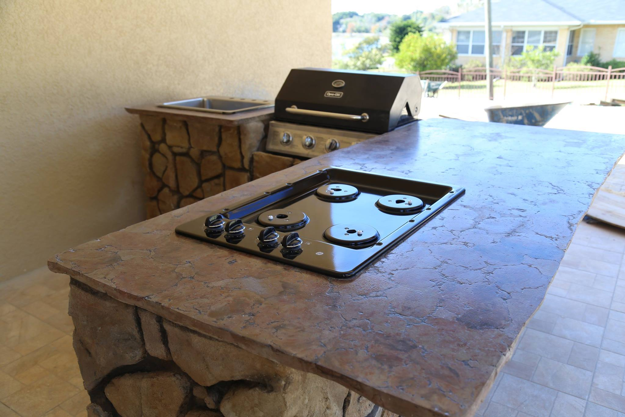 L shaped outdoor kitchen3